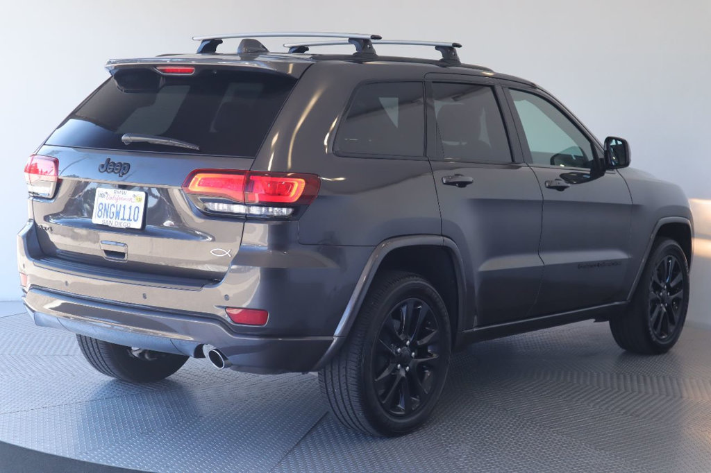 Pre-Owned 2019 Jeep Grand Cherokee Altitude 4x4